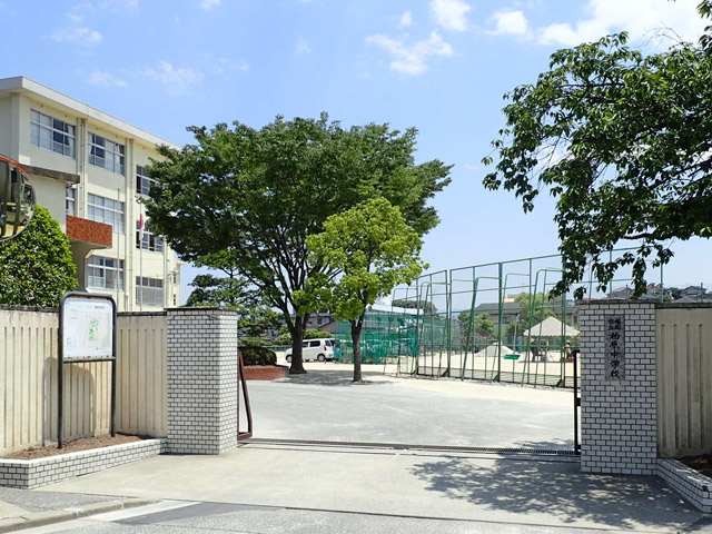 上野由岐子の出身中学の福岡市立柏原中学校