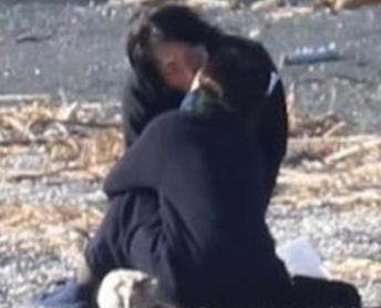 喜多村緑郎と鈴木杏樹のキス現場